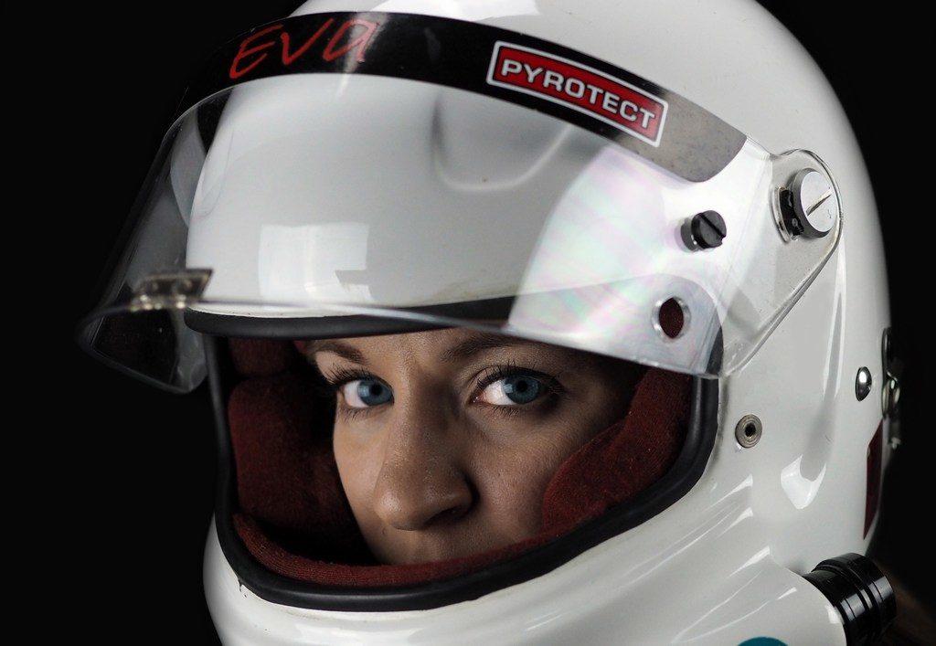 mini-Eva_Hakansson_Helmet_closeup2_P8251236